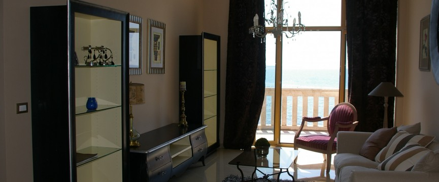 pohistvo dnevna soba fancy vintage style living room