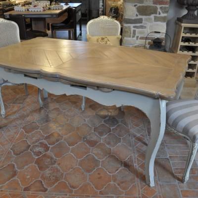Provansalska jedilna miza