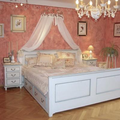 masivna lesena postelja1, spalnica vintage