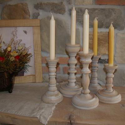 svecniki leseni mali